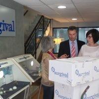 La Fundación García Cugat envía material a Nepal con apoyo de Surgival para las víctimas del terremoto